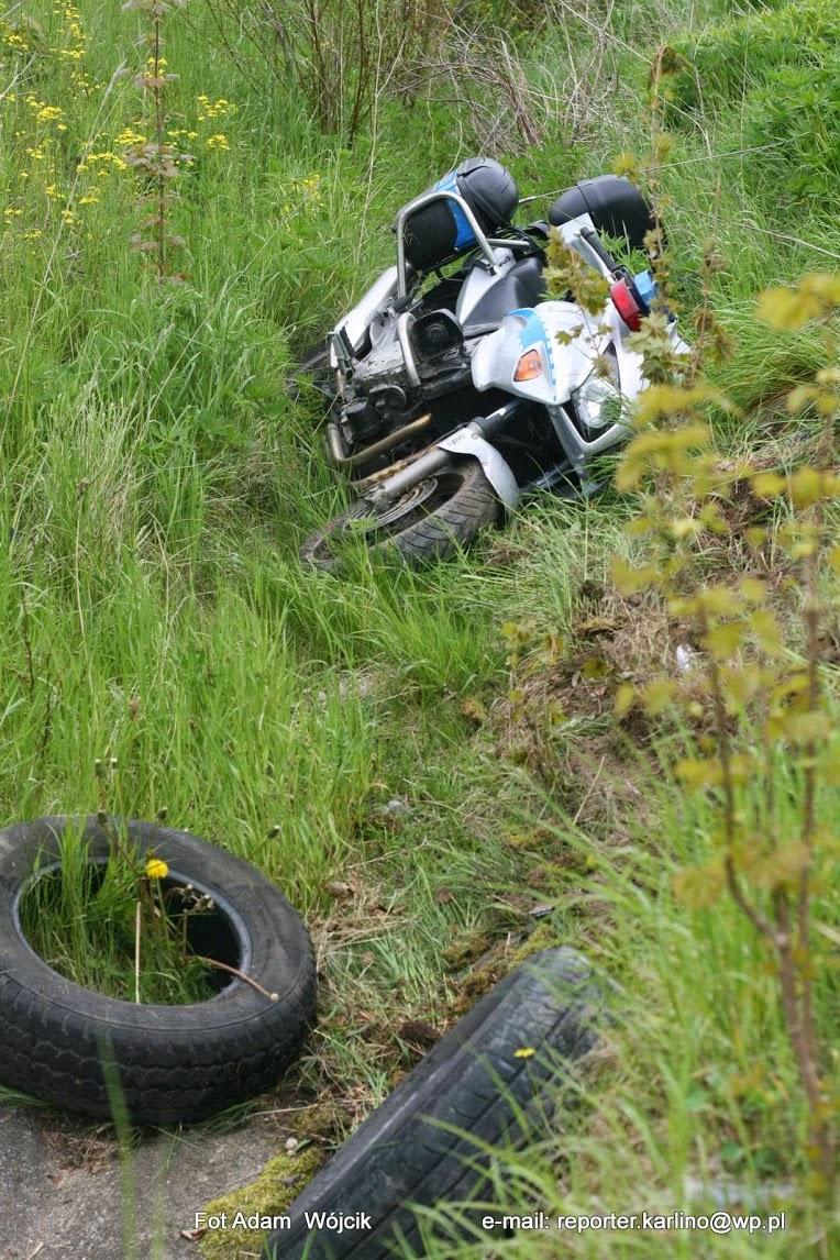 Wypadek policyjnego motocykla w Karlinie