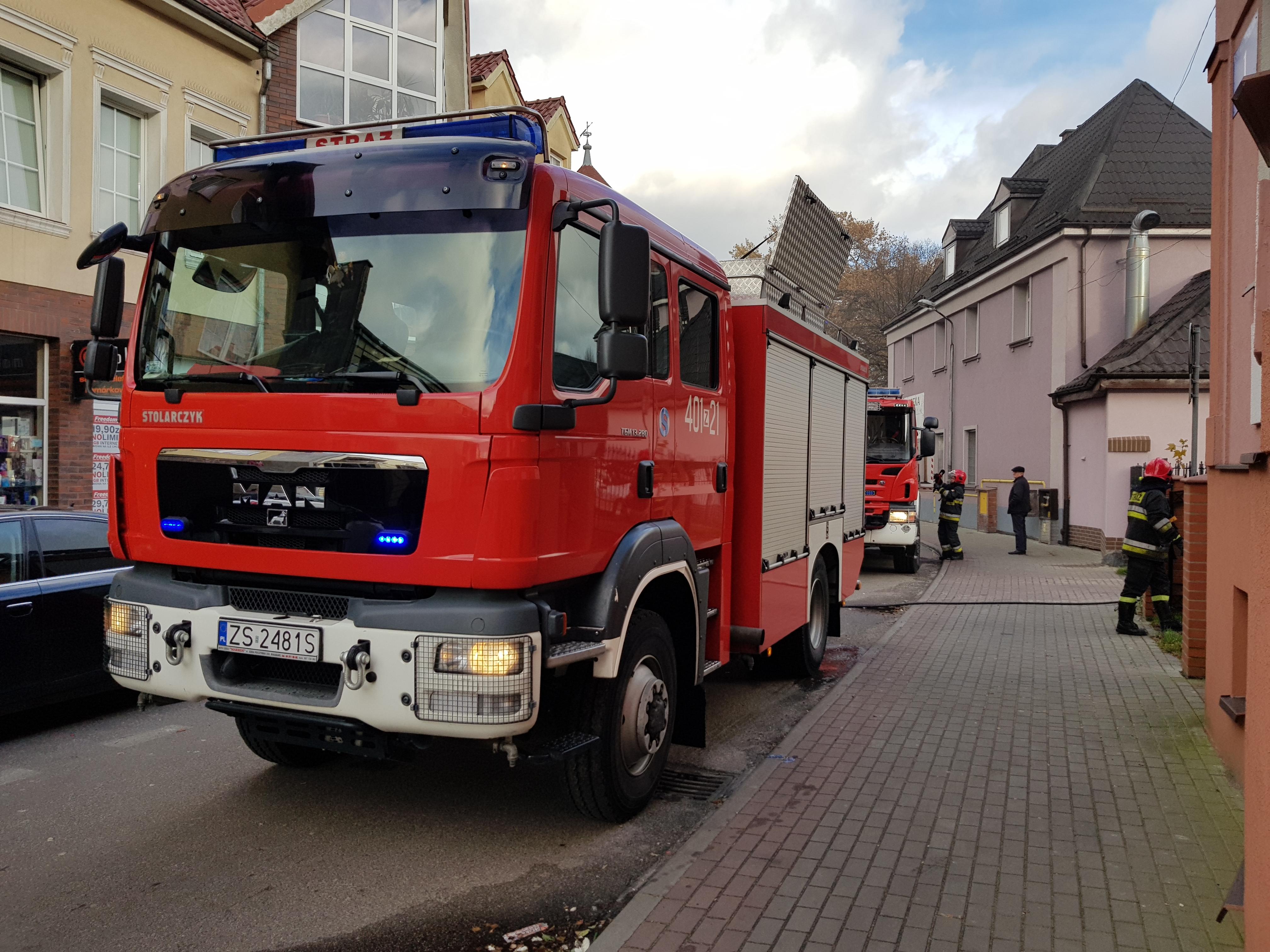 Pożar pomieszczeń gospodarczych w centrum Białogardu