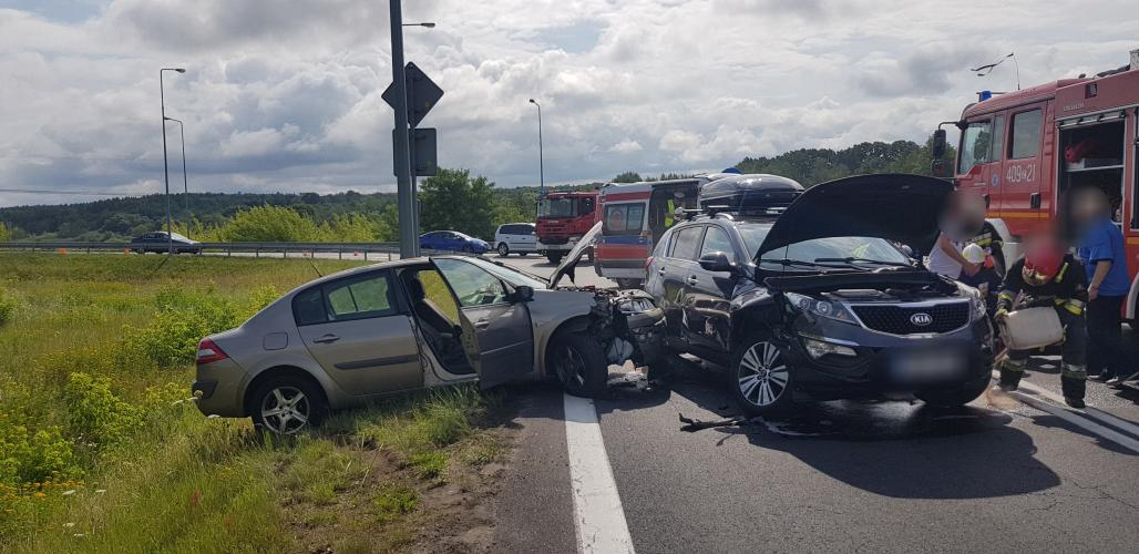 Wypadek na obwodnicy Karlina - zderzyły się dwa auta!