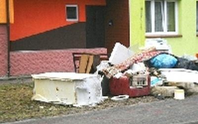 Zbiórka wielkogabarytowych odpadów