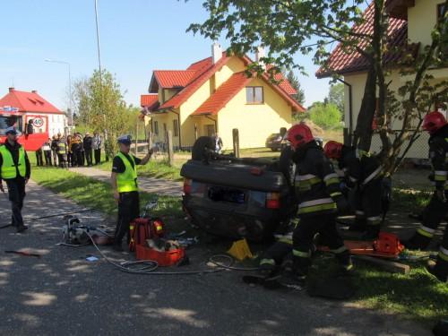 Nietrzeźwy kierowca spowodował wypadek. Nie żyje pasażer.