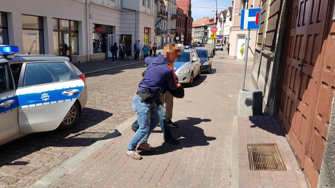 Policja zatrzymała mężczyznę podejrzanego o brutalne morderstwo w Dębczynie pod Białogardem! VIDEO