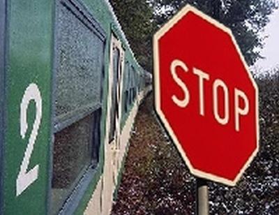 Wypadek na przejeździe kolejowym.