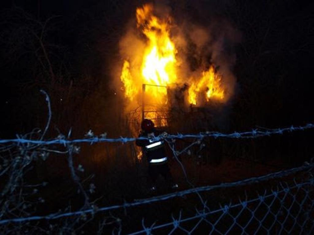 Pożar altanki przy ulicy Asnyka