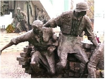 63 rocznica wybuchu Powstania Warszawskiego