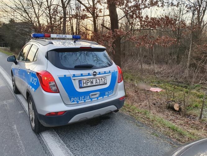 Makabryczne odkrycie w Karlinie pod Białogardem. Znaleziono ciało mężczyzny!