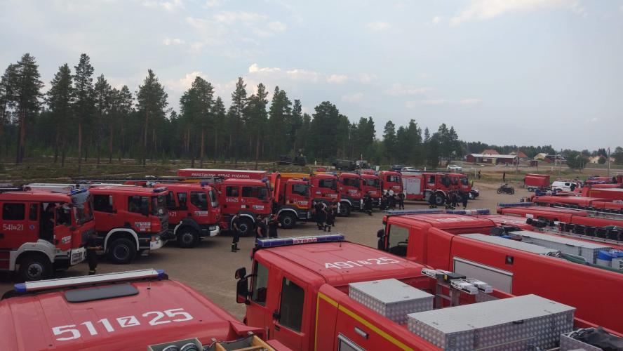 Strażacy dotarli do celu - dziś rozbili obóz!  AKCJA SZWECJA (FOTO)