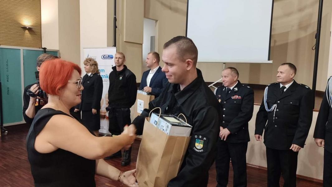 Tablety dla wszystkich jednostek OSP powiatu białogardzkiego - rusza system Czadzik.pl