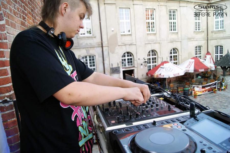 Chorwacki sen DJ-a ze Sławoborza - czyli historia Artura Kemprowskiego