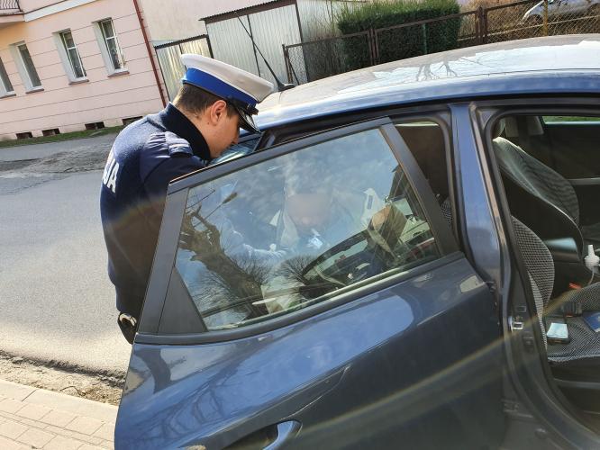 Czołówka z drzewem w Białogardzie - obywatel Ukrainy trafił do aresztu!