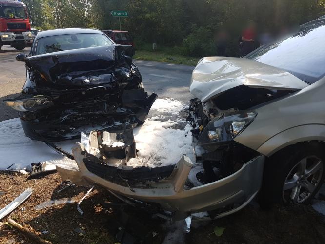 Wypadek drogowy pod Karlinem - 5 osób rannych.