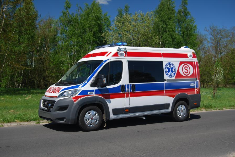 Ratownicy Medyczni z Białogardu uratowali rodzinę z pożaru!