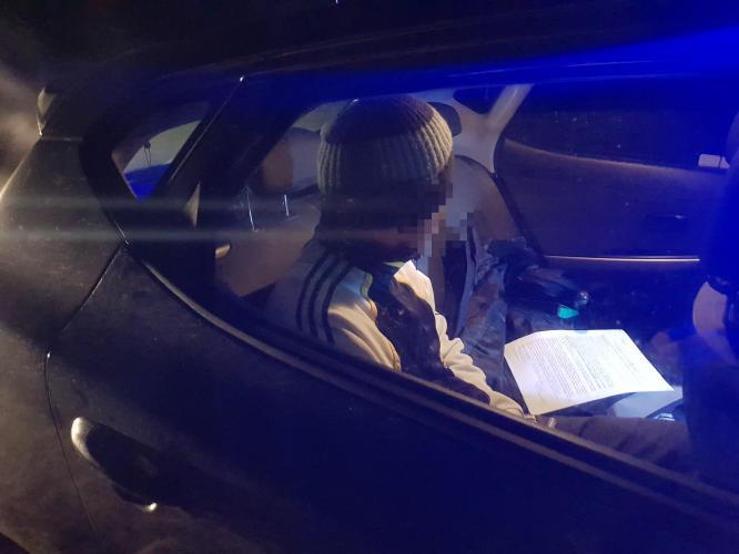Pijany kierowca bez uprawnień zatrzymany przez policję!