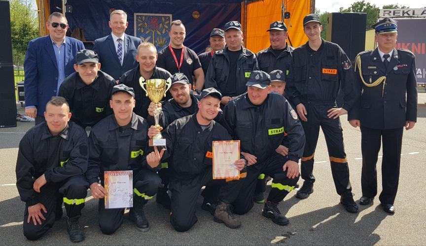 Zawody sportowo  - pożarnicze zakończył strażacki piknik.