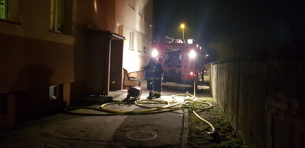 Tragiczny finał pożaru w bloku przy ul. Moniuszki w Białogardzie