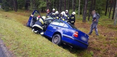 Dachowanie dwóch pojazdów - ranna kobieta w 6 miesiącu ciąży! ZDJĘCIA