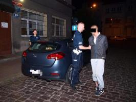Kierowca motoroweru wydmuchał ponad dwa promile - trafił do aresztu.