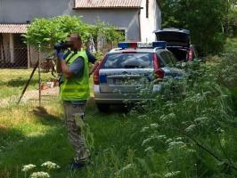 Wjechał w ogrodzenie i zbiegł do lasu - zatrzymała go policja!