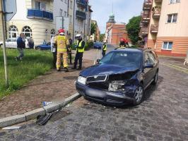 Zderzenie dwóch pojazdów w Białogardzie - Kierowca BMW uciekł z miejsca zdarzenia!