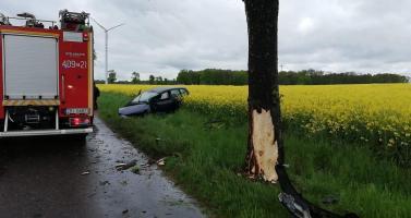 Groźny wypadek pod Karlinem - jedna osoba poszkodowana.