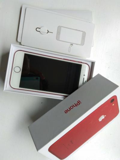 Apple iPhone 7 (PRODUCT) RED - 128 GB - (odblokowa