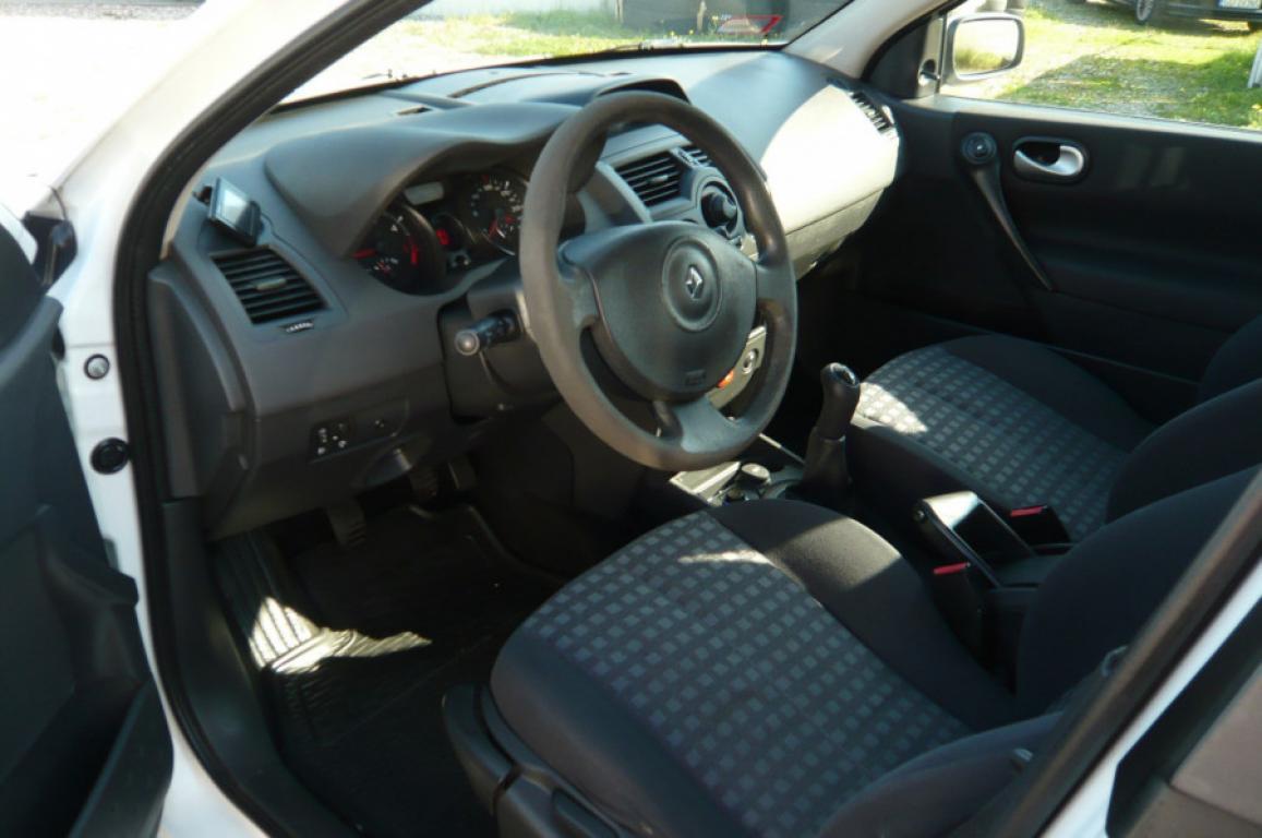 Renault Megane II kombi 2008 rok
